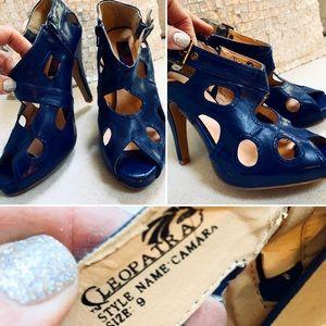 Cleopatra Blue Heels Sz 9M Peep Toe Peek A Boo